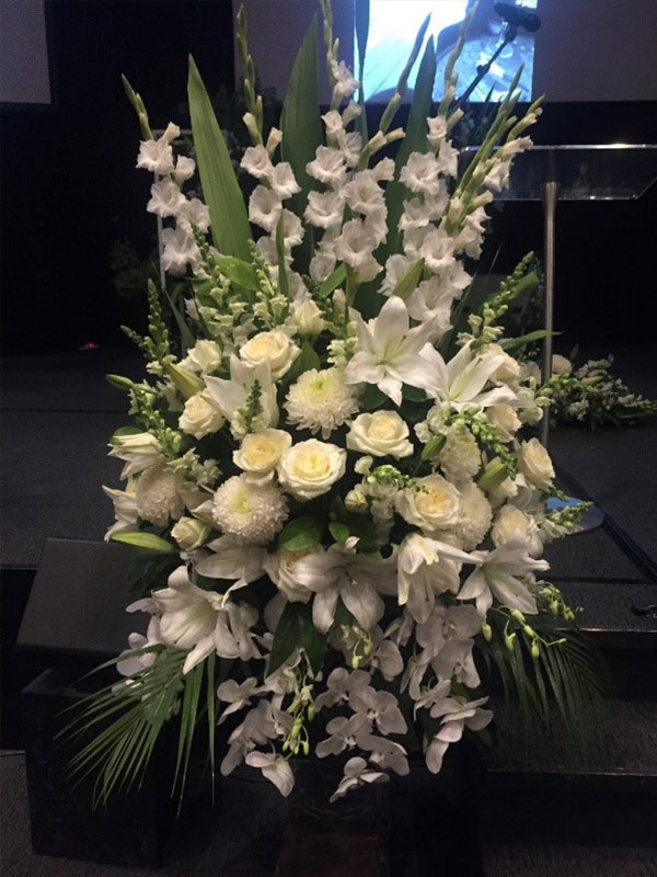 Wandin Florist - Funeral and Sympathy Flowers